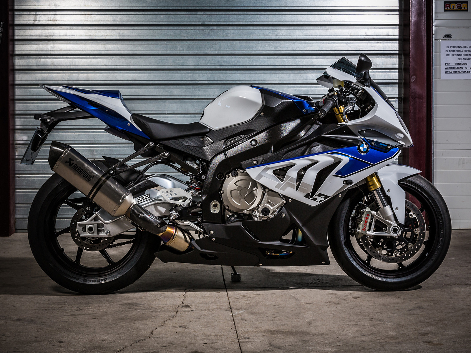 Bmw R1 Ducati Panigale V4 Vs Bmw S 1000 Rr Vs Yamaha Yzf