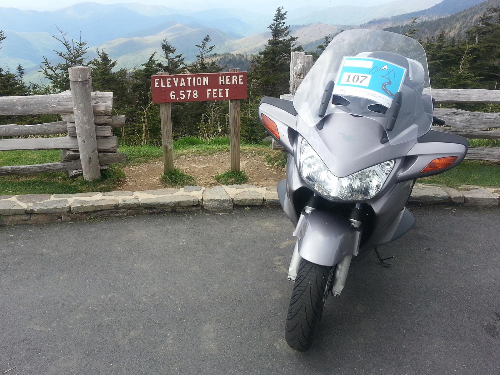 本田honda st1300摩托车图片