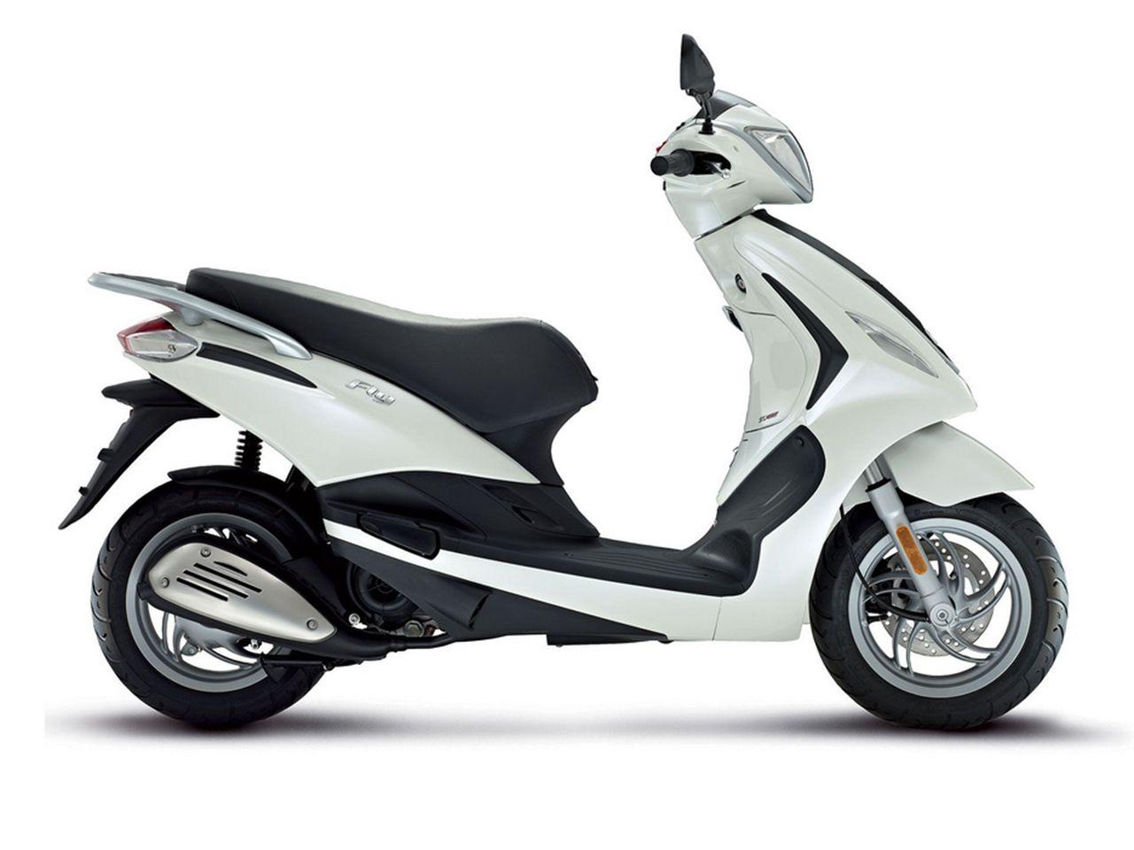 比亚乔摩托车_【比亚乔Piaggio Fly 50 4V摩托车图片】_摩托车图片库_摩托车之家