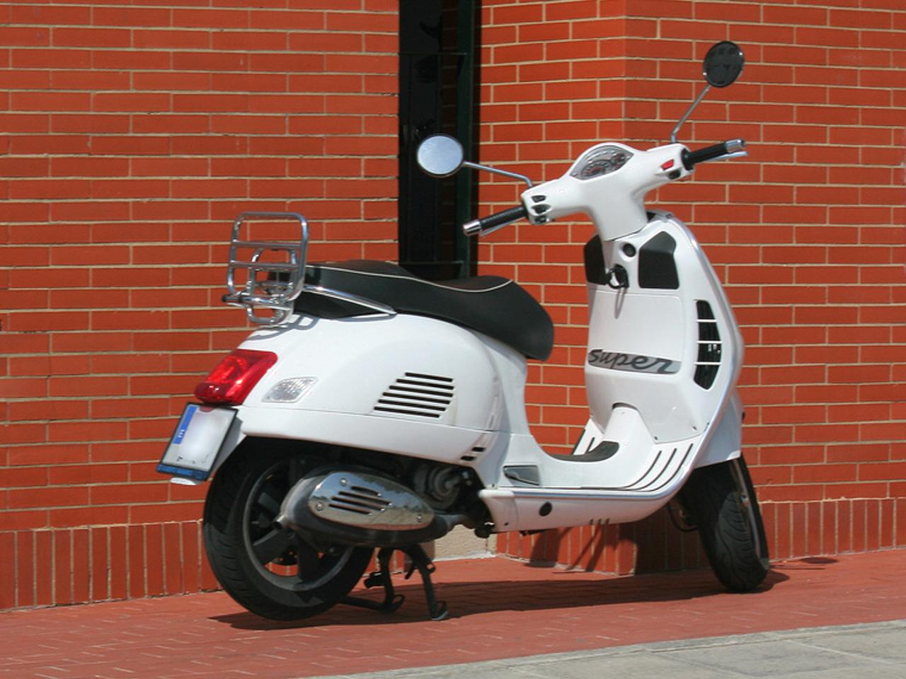 比亚乔摩托车_【比亚乔Piaggio VESPA GTS 250摩托车图片】_摩托车图片库_摩托车之家