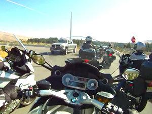 宝马巡航摩托K1600GTL 女子试驾视频