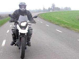 宝马 G650GS 摩托车视频