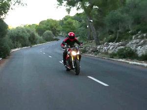 宝马 BMW S1000R 摩托车测评视频
