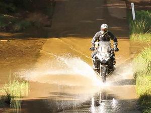 宝马BMW R 1200 GS Adventure 摩托车视频