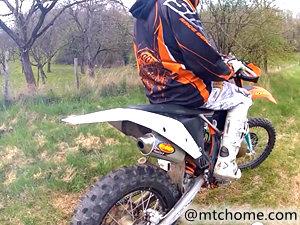 KTM 125 EXC 摩托车视频