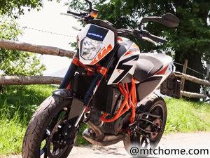 KTM 690 Duke R 摩托车视频