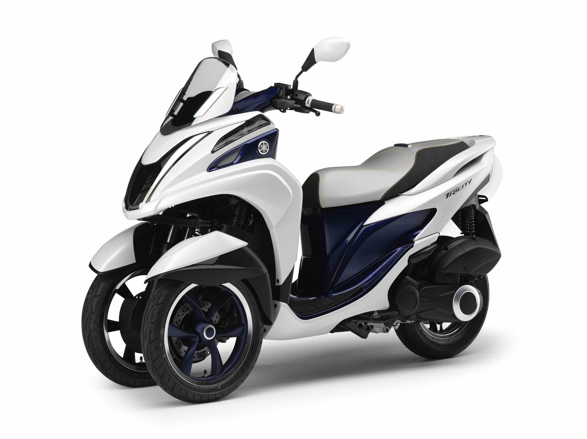 【雅马哈tricity 摩托车(倒三轮)图片】 摩托车图片库 摩托车之家
