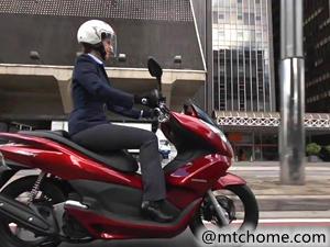本田 PCX 150 踏板车视频
