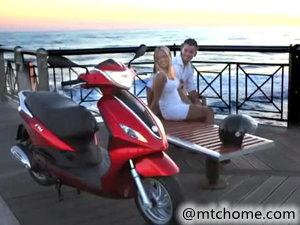 2014 Piaggio 比亚乔 Fly 125 摩托车视频