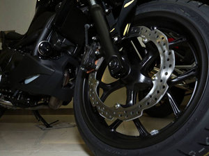 2014本田NC750S摩托车图片