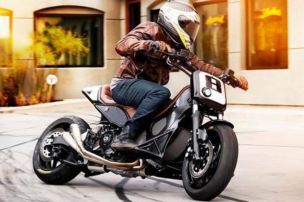 惊艳的复古改装踏板车 TMAX