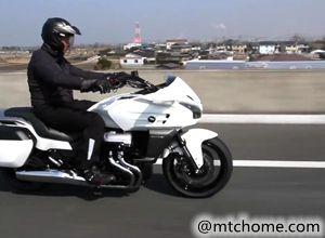 本田大贸CTX1300摩托车视频