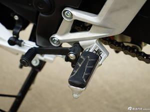 五羊本田CBR300R ABS实车图(2)