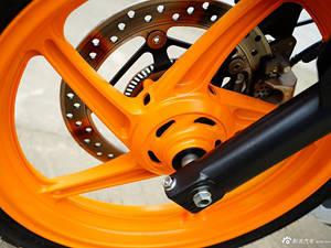 五羊本田CBR300R ABS实车图(3)