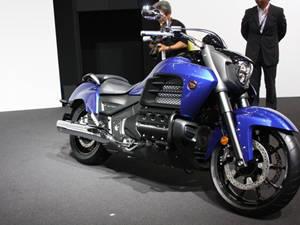 本田Honda F6C Valkyrie摩托车图片