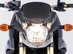2015铃木GSX-S750摩托车