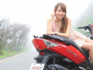 三阳GTS300i Sport北海赏樱去