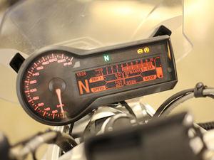 宝马摩托车R1200R图片