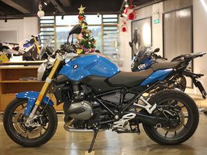【实拍】宝马摩托车R1200R图片